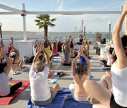 giornata mondiale yoga mappamundi