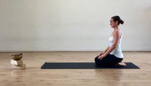 Vajarasana MappaMundi Tutorial Yoga per Adho Mukha Svanasana