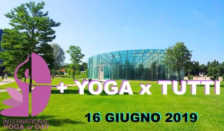 + YOGA X TUTTI Yoga al Parco della Musica il 16 Giugno in preparazione alla Giornata MOndiale dello Yoga del 21 Giugno in Piazza della Frutta
